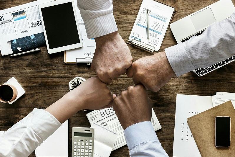 الدعم الاقتصادي لأصحاب الأعمال