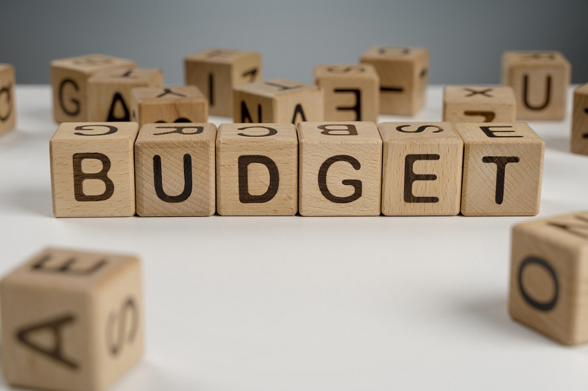 Guide on Attracting High-Performers Despite Budget Cuts